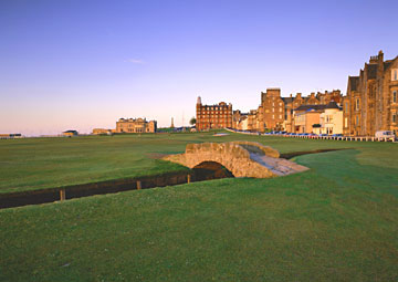St. Andrews 18th by Lambrecht