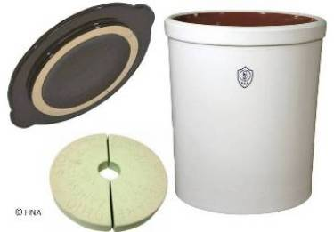 Ohio Stoneware 3 Gallon Fermentation Crock   3 Piece Kit - Crock, Stones, Lid 11709