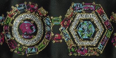 Trim RR - multi color jewels, black background