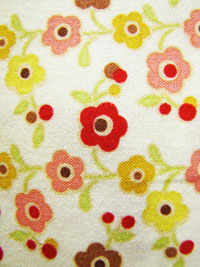 "Riley Blake ""Farm Fresh"" #C9003 col. cream - Modern Floral Print on Cream"