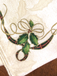 Vintage Embroidered Napkins – Ivory with Christmas Design_THUMBNAIL