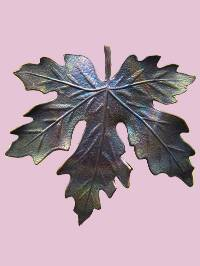 Susan Clarke - Large Leaf Button