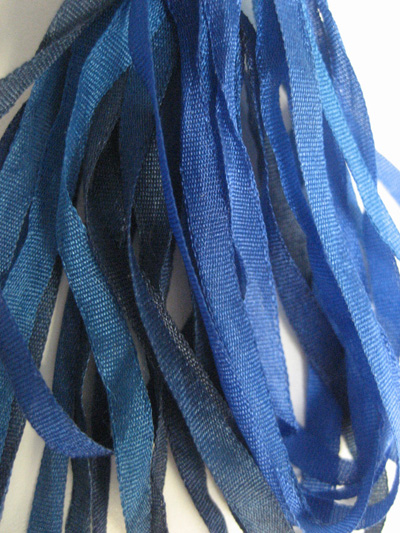 Thread Gatherer Hand-dyed Silk Ribbon, 4mm — Blue Seas 050