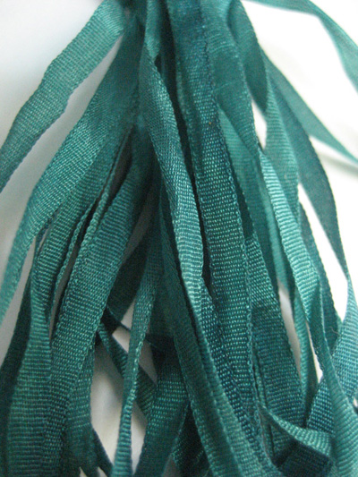 Thread Gatherer Hand-dyed Silk Ribbon, 4mm — Emerald Isle 995