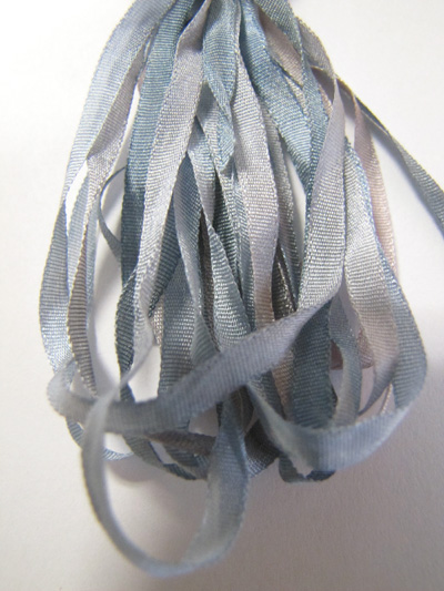 Thread Gatherer Hand-dyed Silk Ribbon, 4mm — Surf 'n Sky 078