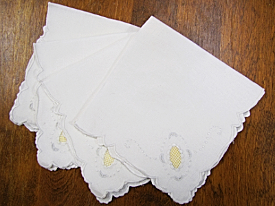 Vintage Embroidered Napkins – White with White and Yellow Embroidery