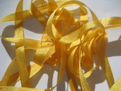 YLI Silk Ribbon, 7mm — 054 (gold)