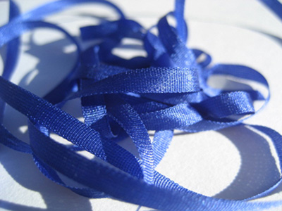 YLI Silk Ribbon, 4mm — 099 (royal blue)