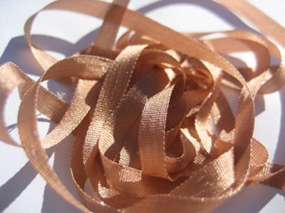 YLI Silk Ribbon, 4mm — 139 (caramel)