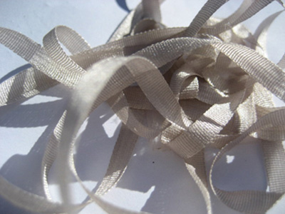 YLI Silk Ribbon, 4mm — 141 (light pewter)