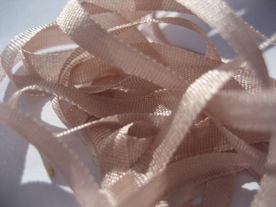 YLI Silk Ribbon, 4mm — 162 (light mauve)