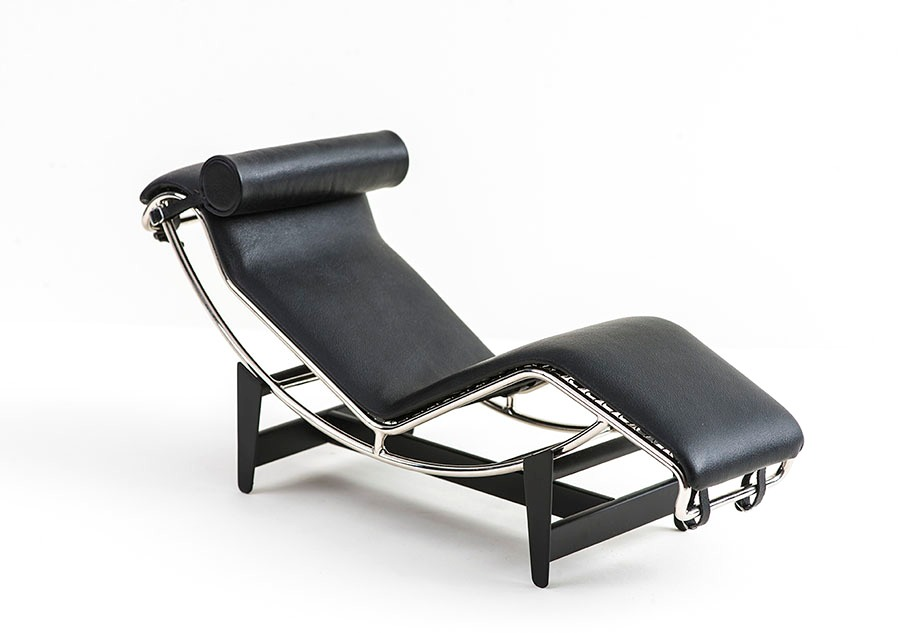 Lc4 chaise lounge philip johnson glass house online store for Chaise longue lc4 occasion