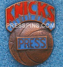 1970 New York Knicks Press Pin MAIN