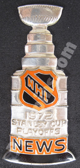 1972 NHL Stanley Cup Press Pin MAIN