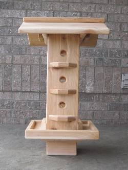 Vertical Cedar Wild Bird Feeder_THUMBNAIL