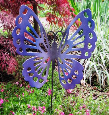 Artistic Hand-Crafted Garden & Yard Metal Art