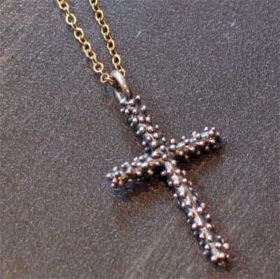 Sterling Silver Dew Drop Medium Stick Cross Necklace