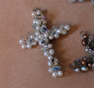 "3"" Bead Cross"