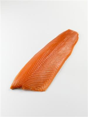 NORDIC WHOLE SKIN ON SMOKED SALMON MAIN
