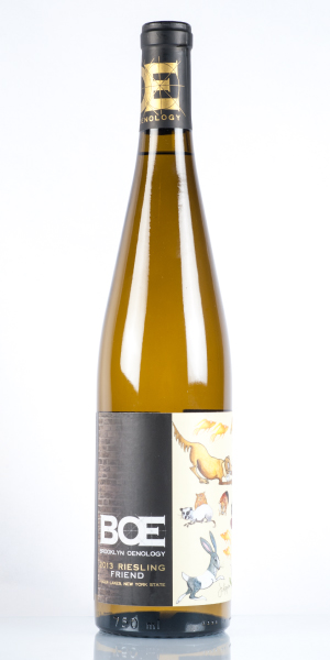 Bottle of riesling white wine. THUMBNAIL