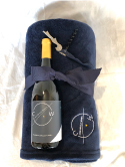 Chronicle Wines Cozy Winter Gift Set SWATCH