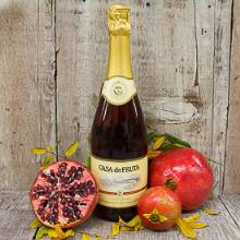 Pomegranate Sparkling Wine. casa de fruta fruit wine, champagne
