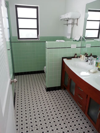 Bedroom Tiles. Green 40 W Mid Century  Clay Squared decorative tiles clay bathroom bedroom