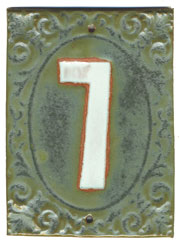 Victorian House Numbers Pesto/Marshmallow SWATCH