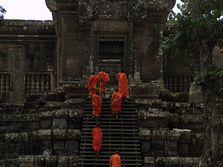 Life and Death at Preah Vihear_THUMBNAIL