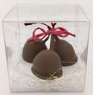 Long-stemmed cherries wrapped in caramel and Swiss chocolate. OMG!