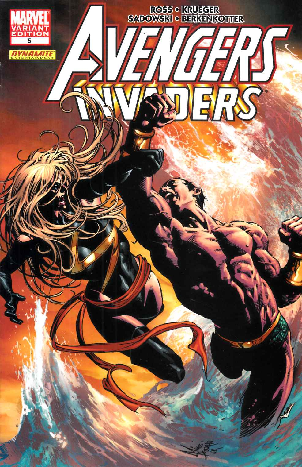 Avengers Invaders #5 Deodato Variant Cover Near Mint (9.4) [Marvel Comic] THUMBNAIL