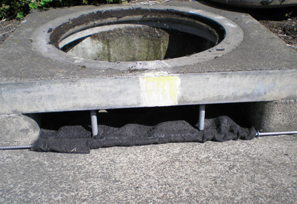 Storm Drain Defender-Curb Inlet LARGE