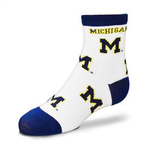 Michigan Wolverines - All Over Pattern THUMBNAIL