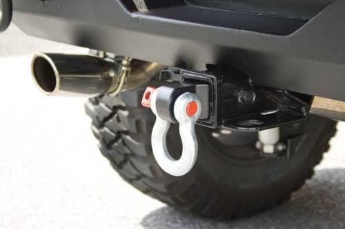 "Fat Bob's Garage, Rugged Ridge, Part #11234.01, Receiver Hitch D-Ring, Fits All Class III 2"" Receiver Hitch Boxes_MAIN"