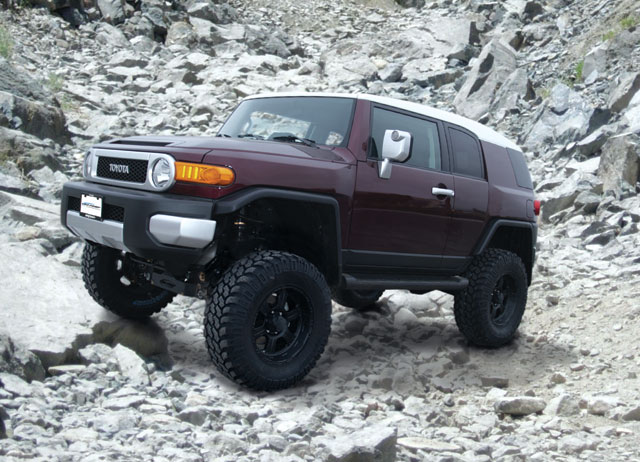 "Fat Bob's Garage, Pro Comp Part #K5067B, Toyota FJ Cruiser 2007-2009 5.5"" Lift Kit"