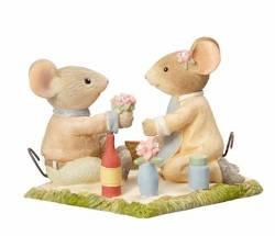 Mice Picnic