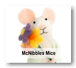Mouse figure with Flowers