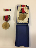 World War II Victory Medal & Ribbon - Freedom From Fear and Want THUMBNAIL