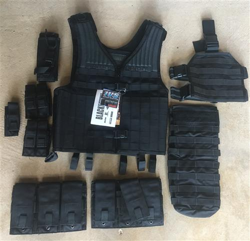 Blackhawk Omega Elite Tactical Vest w Specter Hydration Pouch, Drop Leg Panel & 6 Ammo Pouches LARGE