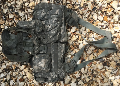 US Military Air Warrior Pilot Aircrew Survival Vest Harness with Survival/Signaling Equipment
