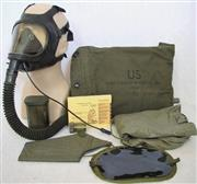 US Army M25A1 Chemical Biological Tank Gask Mask & Bag THUMBNAIL