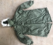 Vintage USGI M-1965 Fishtail Parka WITH Liner AND HOOD! Med/Reg 1975  New