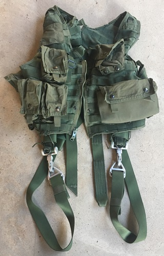 CMU-33/P22P-18 Survival Vest w Harness & pouches_THUMBNAIL