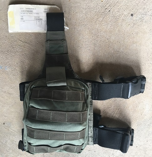 Paraclete SOF Individual Aid Pouch on drop leg panel with supplies_MAIN