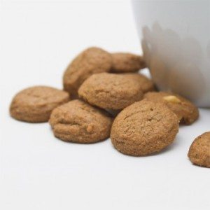 Bite-Sized Kona Coffee Macadamia Cookies 4 oz MAIN