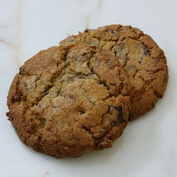 Chocolate Chip Ultimate Cookie_THUMBNAIL