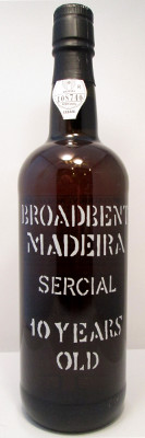 Broadbent 10 Year Sercial Madeira MAIN