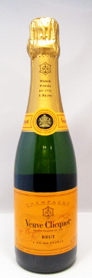 Veuve Clicquot Ponsardin Brut NV - 375 ml MAIN
