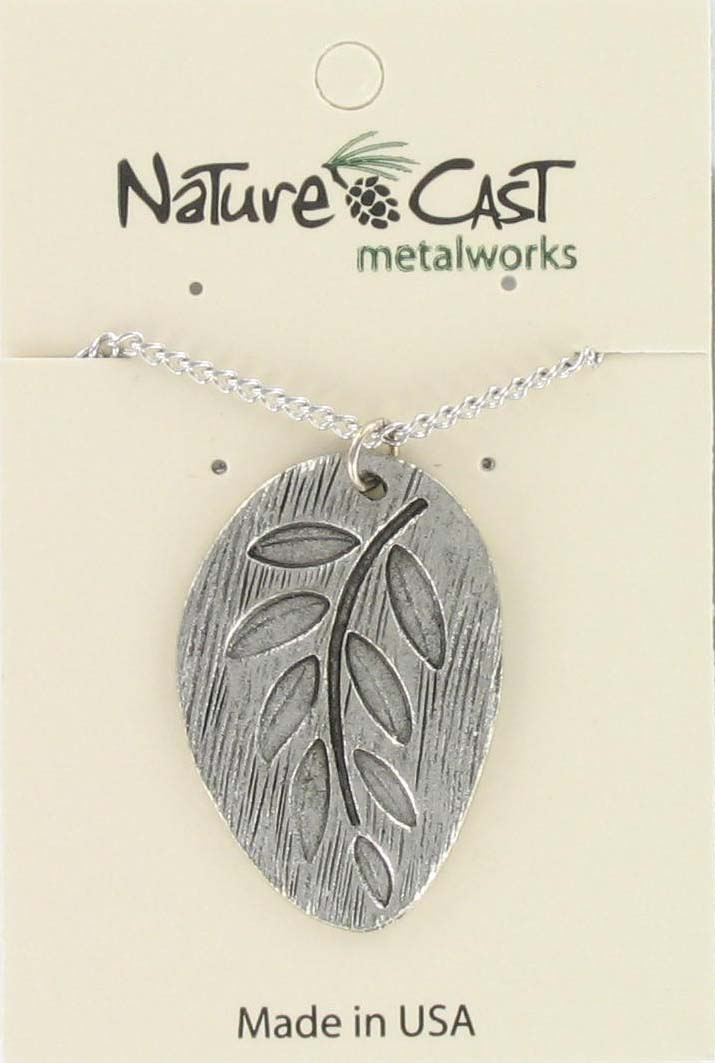 "Pendant embossed leaf w/18"" chain"