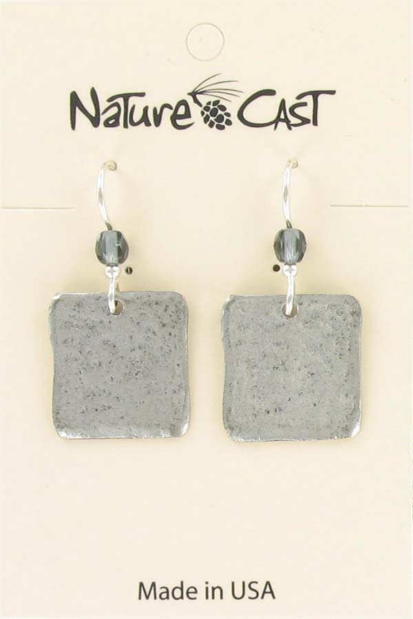 Earring dangle hammered square MAIN